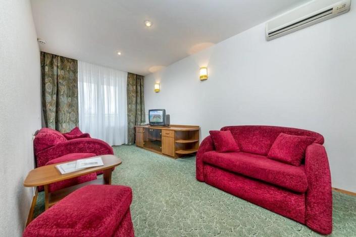 Люкс двухкомнатный в Корпусе 2 отеля Мечта, Анапа