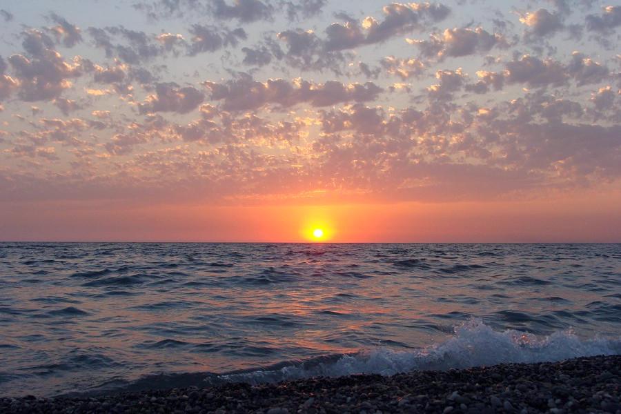Закат в Гаграх