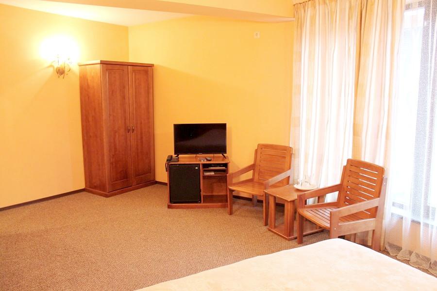 Улучшенный двухместный номер отеля Мелодия гор
