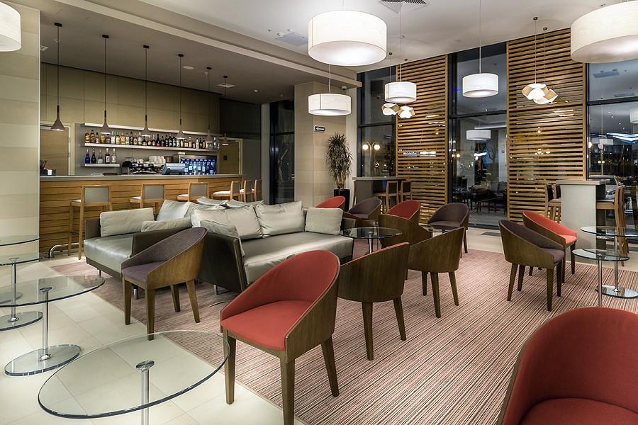 Лобби-бар отеля Mercure Сочи Центр