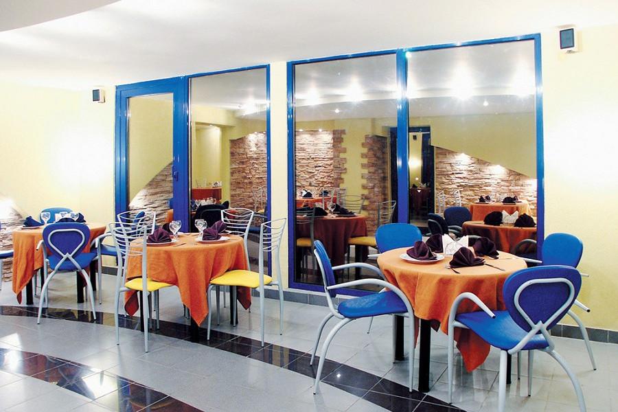 Кафе гостиницы Меридиан