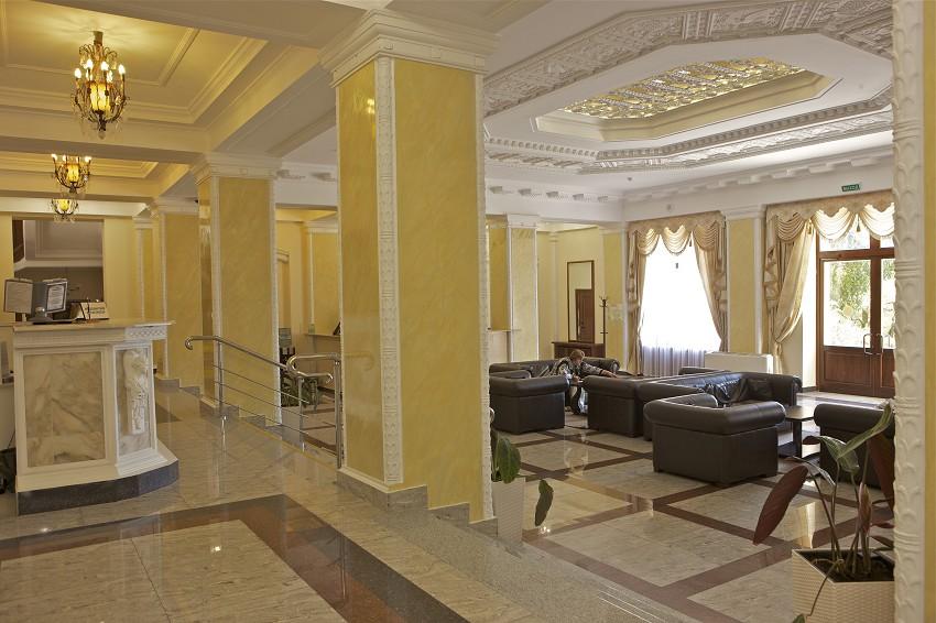 Холл санатория Металлург