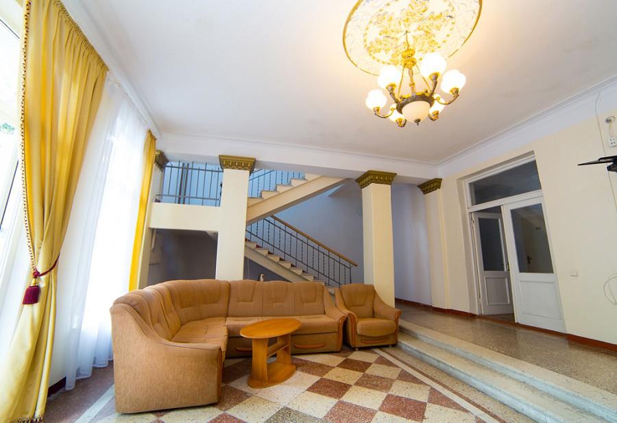 Холл Корпуса №2 пансионата Мидель-Гагра
