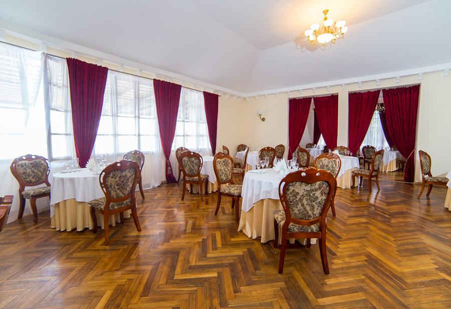 Ресторан пансионата Мидель-Гагра