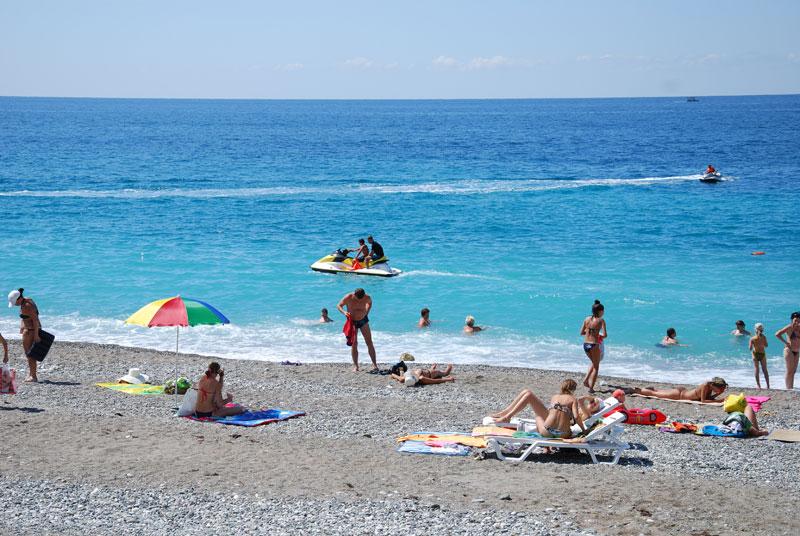Пляж пансионата Мидель-Гагра