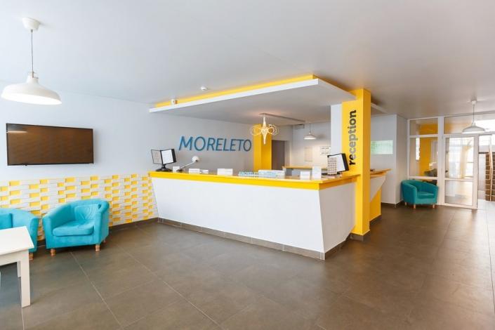 Холл отеля MoreLeto, Анапа