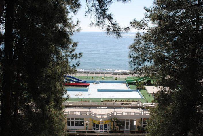 Вид на море с балкона курортного комплекса им. Мориса Тореза