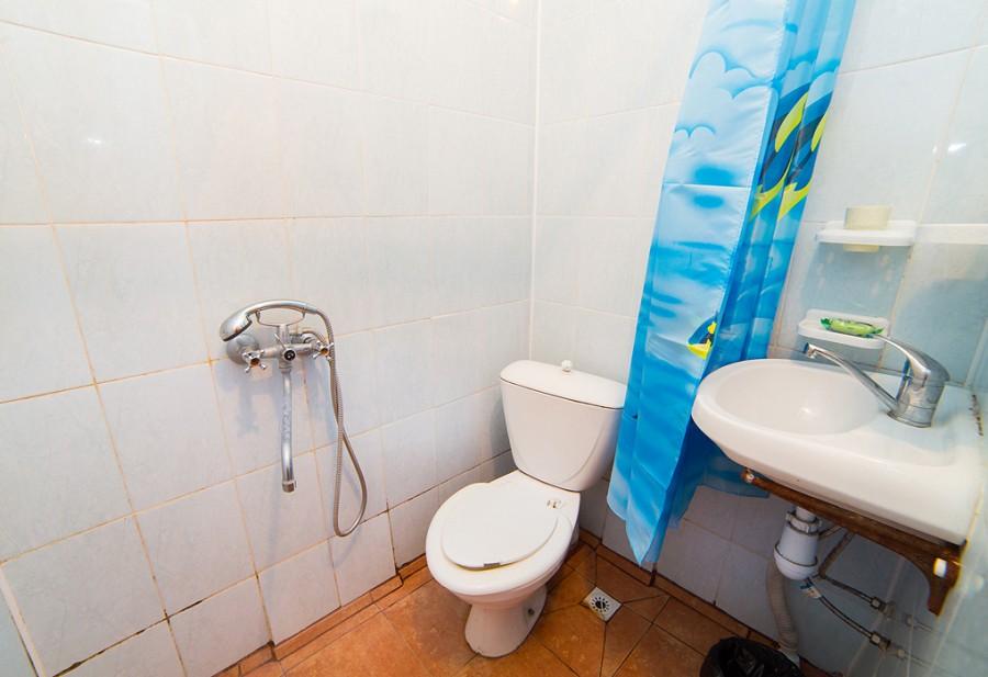 Туалетная комната Стандартного двухместного номера гостиницы Морская