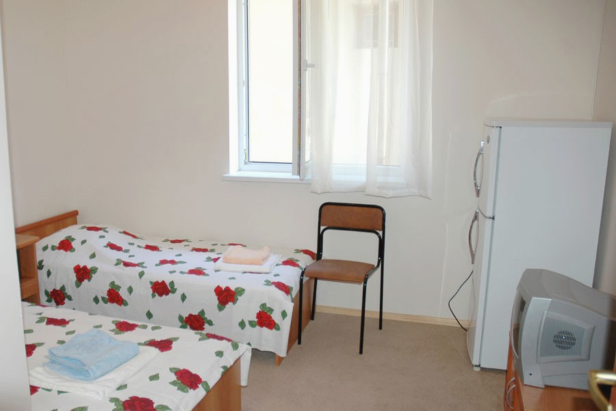 Стандартный двухместный номер гостиницы Морская, Гагра