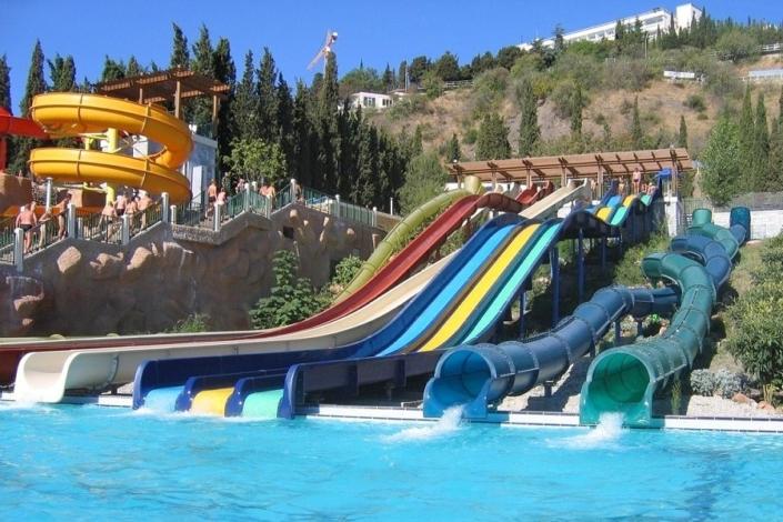 Аквапарк курортного комплекса Миндальная роща в Алуште