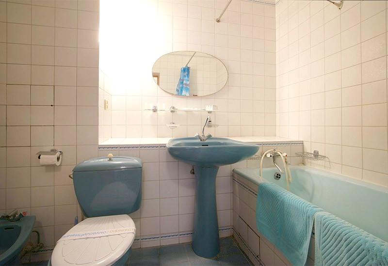 Туалетная комната номера Люкс в Корпусе № 1 санатория Морской прибой