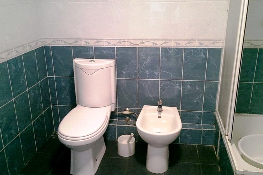 Туалетная комната номера Студия-Полулюкс в отеле Морской уголок