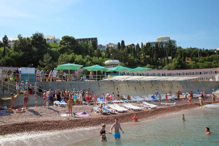 Пляж отеля Морской уголок