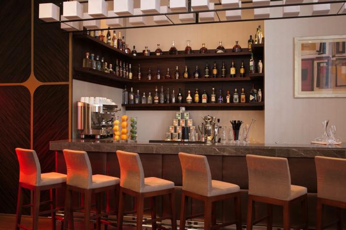 Лобби-бар отеля Movenpick Krasnaya Polyana