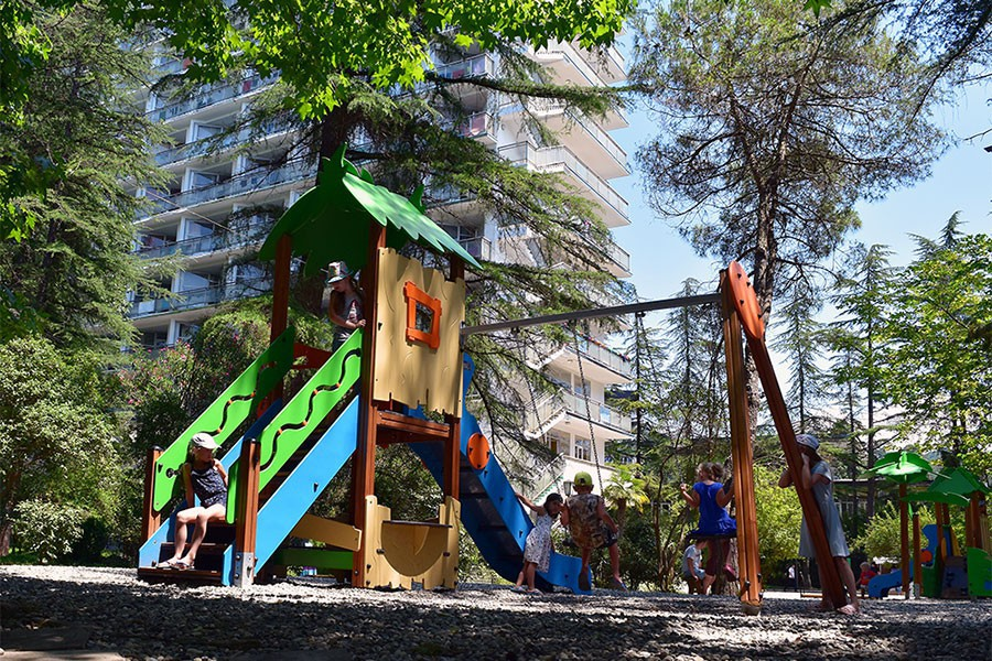 Детская игровая площадка санатория МВО Сухум