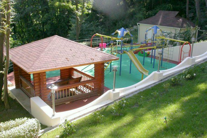 Детская игровая площадка санатория Мыс Видный