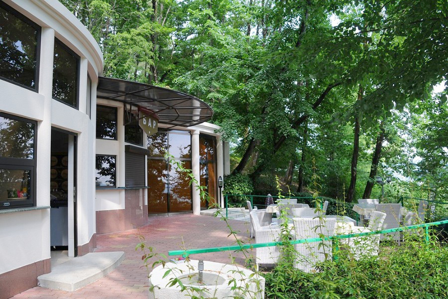 Кафе-бар Лукоморье санатория Мыс Видный