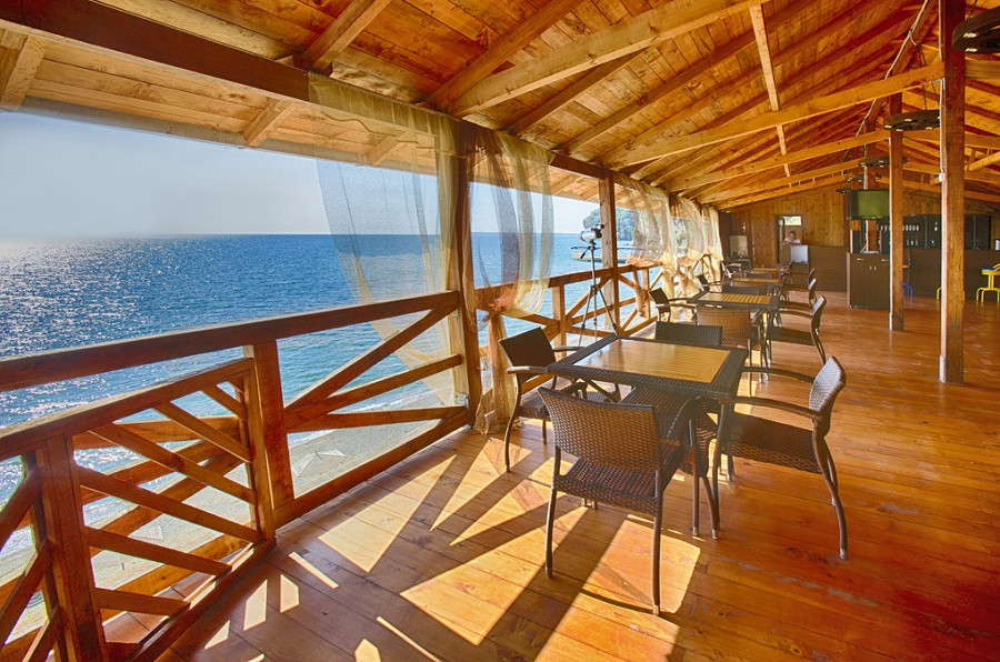 Кафе на пляже пансионата Мюссера