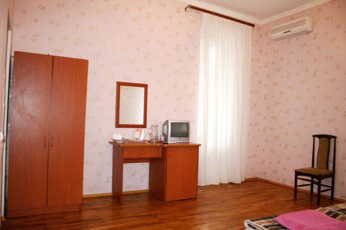 Номер в корпусе №4 пансионата Нарт, Гагра, Абхазия
