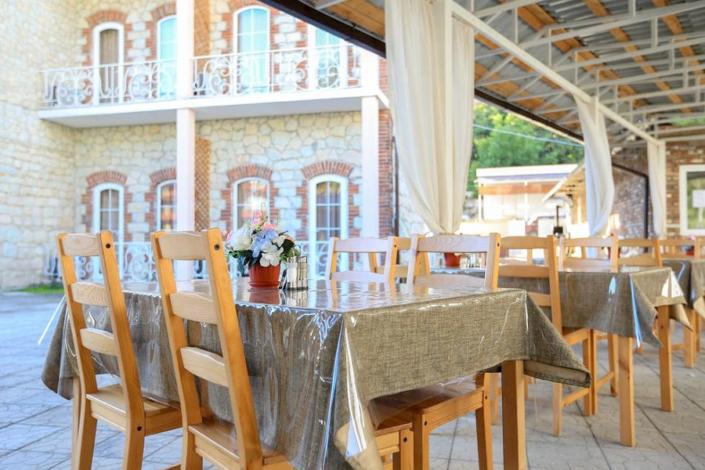 Кафе отеля Никополи, Новый Афон, Абхазия