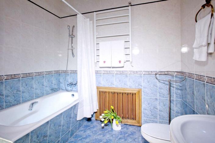 Туалетная комната номера Люкс в Корпусе № 1 санатория Нижняя Ореанда