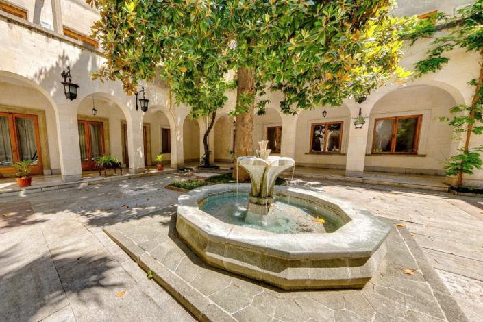 Внутренний дворик Корпуса № 2 санатория Нижняя Ореанда