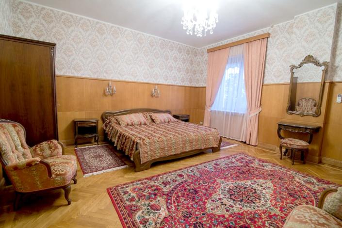Апартаменты четырехместные трехкомнатные в Корпусе № 2 санатория Нижняя Ореанда
