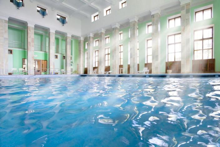 Крытый бассейн санатория Нижняя Ореанда