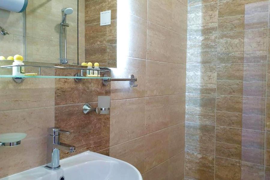 Туалетная комната Стандартного номера в Club Resort Hotel Oasis, Алахадзы