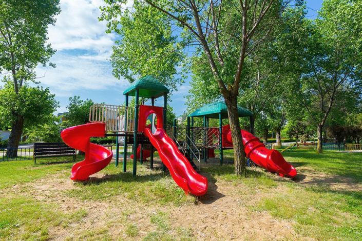 Детская площадка на территории пансионата Одиссея