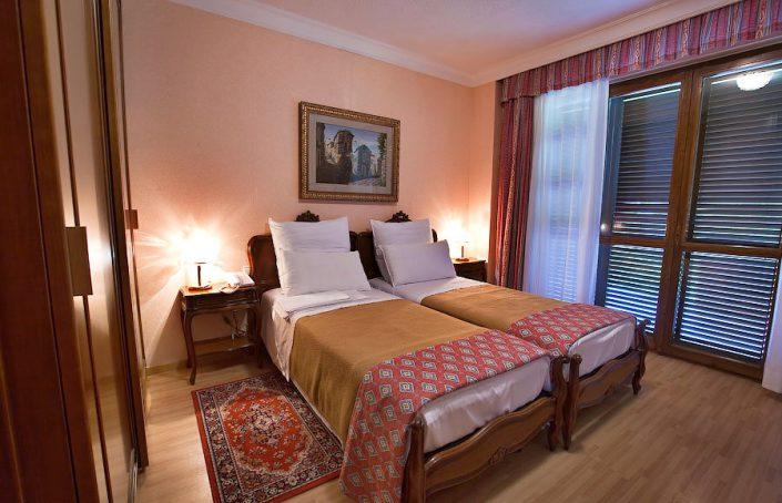 Одна из спален в коттедже санатория Одиссея, Лазаревское, Сочи