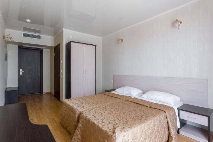 Стандартный двухместный номер отеля Олимп