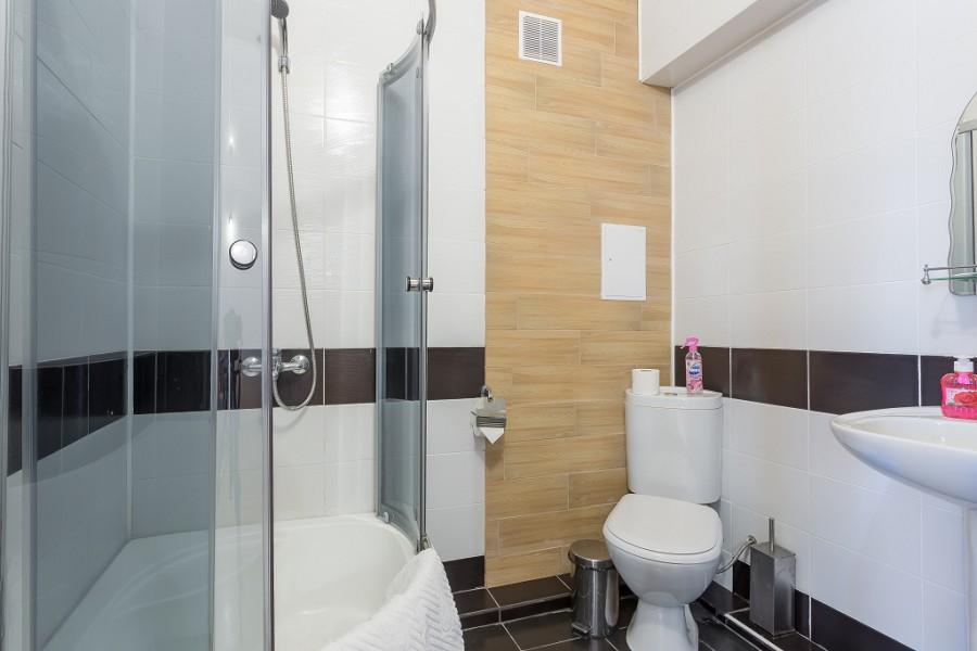 Туалетная комната Стандартного номера отеля Олимп