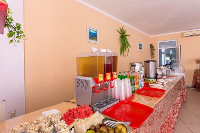 Кафе Деметра на территории отеля Олимп