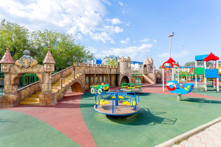 Детский игровой городок отеля Олимп
