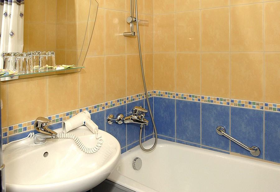 Туалетная комната Стандартного 2-х местного номера пансионата Олимпийский Дагомыс