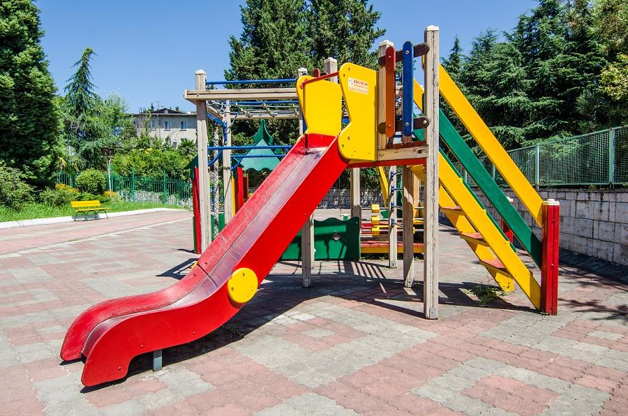 Детская площадка в пансионате Орбита-1