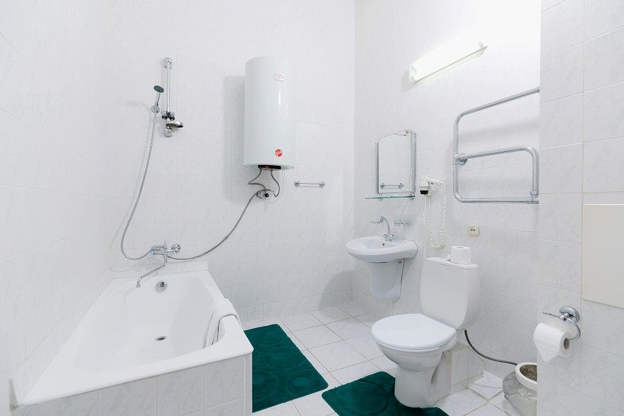 Туалетная комната Семейного номера в Корпусе 2 отеля Orchestra Crystal Sochi Resort