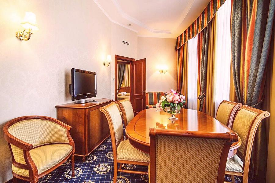 Апартамент Лев Голицын в отеле Ореанда