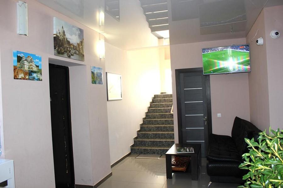 Холл отеля Орхидея