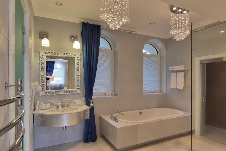 Ванная комната виллы Лазурная спа-отеля Острова, Сочи