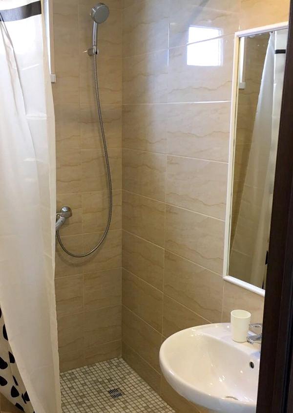 Туалетная комната номера Комфорт виллы Отрадное