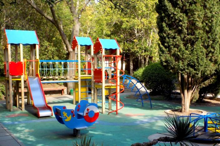 Детская игровая площадка виллы Отрадное