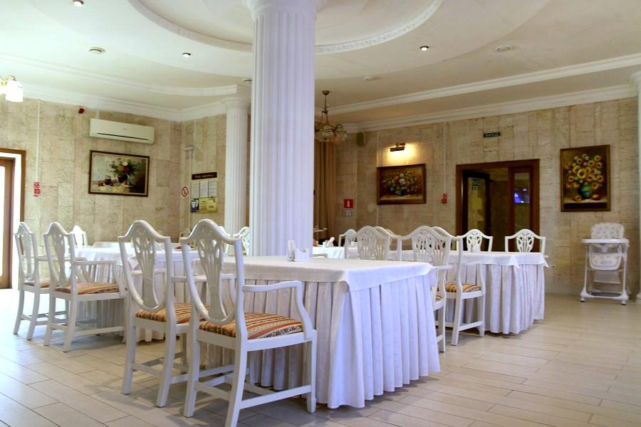 Ресторан гостиницы Палас