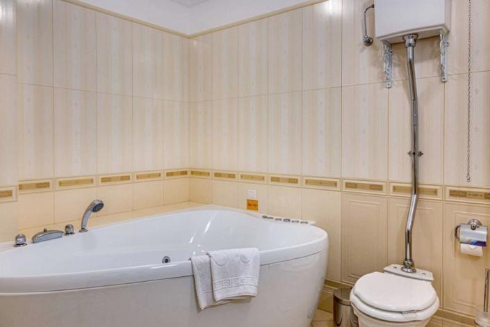 Туалетная комната номера Люкс Париж отеля Palmira Palace