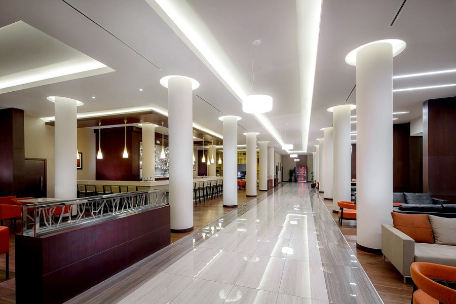 Холл и лобби-бар отеля Panorama by Mercure Красная Поляна
