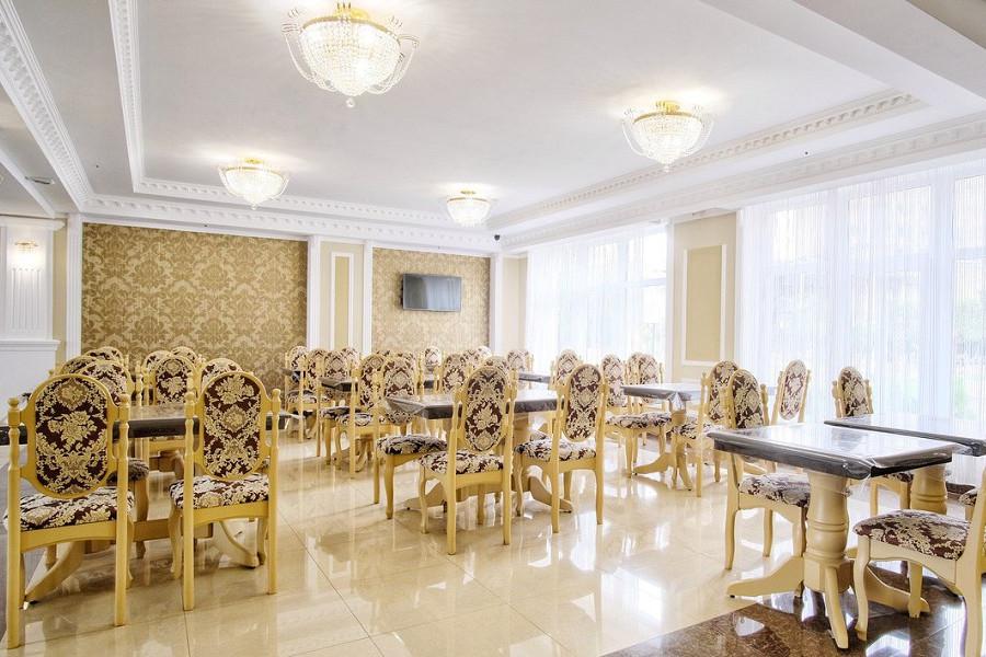 Ресторан отеля Папа