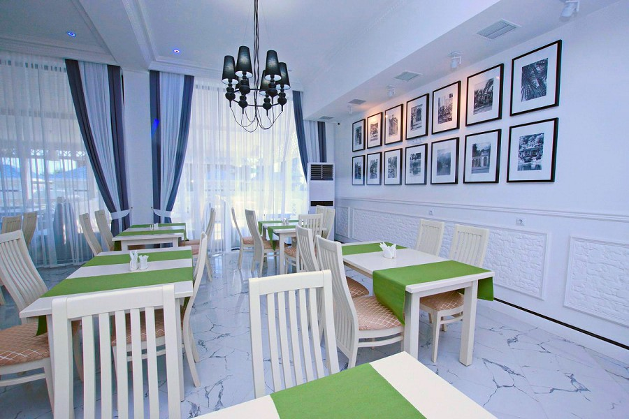 Ресторан в Paradise Beach Hotel