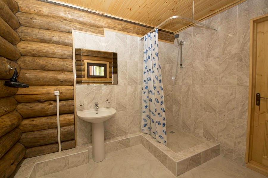 Туалетная комната в коттедже отеля Парадайз