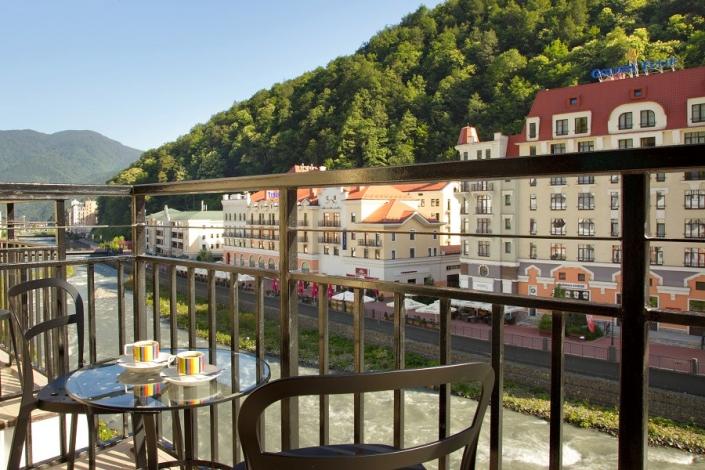 Вид с балкона номера Park Inn by Radisson Rosa Khutor